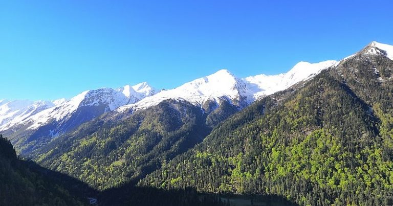 Trekking in Uttarakhand: 5 best trekking spots – Travel and Leisure